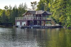 Boat House5