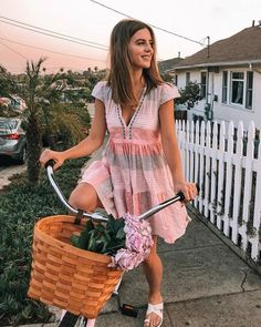 63 outstanding summer fashion outfits ideas for teen girls 43 Cool Summer Outfits, Summer Outfits Women, Summer Dresses, Casual Summer, Outfit Summer, Style Summer, Summer Work, Boho Spring Outfits, Summer Office