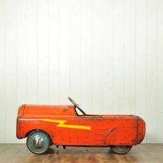 Antique pedal car, vintage pedal car, old pedal car, antique toy car, antique toys, vintage toys, metal toys, 1930's, 1940's, childrens antique toys, childrens, vintage toys,