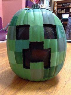 The older boy would love this Minecraft pumpkin Holidays Halloween, Halloween Crafts, Holiday Crafts, Holiday Fun, Happy Halloween, Halloween Party, Halloween Decorations, Halloween Ideas, Halloween Templates