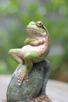 Frog like a boss.
