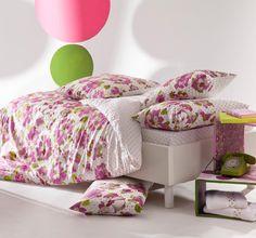 zauberhafte kinderbettwäsche von catimini. frisch, fröhlich, frei ... Bed Pillows, Pillow Cases, Furniture, Home Decor, Products, Linens, Home Decoration, Printed Cotton, Arredamento