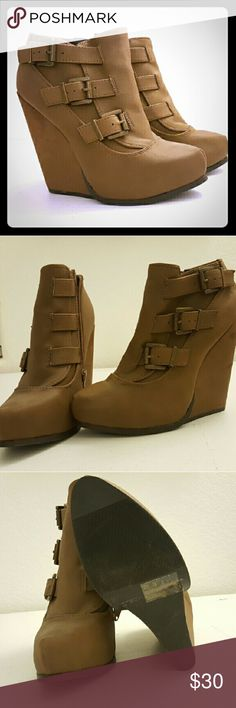 """Qupid buckled mid heel boots Women's ankle boots. Buckle detailing. Zip ups on inside.  Never worn. Perfect for this coming winter!     MATERIAL: MAN- MADE, LEATHERETTE.  SOLE: SYNTHETIC  MEASUREMENT: HEEL HEIGHT: 3.25 """" Qupid Shoes Ankle Boots & Booties"""