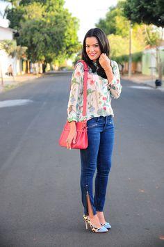 blog-da-mariah-look-do-dia-jeans-camisa-equipment-floral-transparente-celia-truffi-1