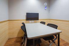 관련 이미지 Conference Room, Table, Furniture, Home Decor, House, Decoration Home, Room Decor, Tables, Home Furnishings