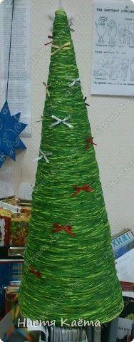 Поделка изделие Новый год ёлка из ниток Нитки фото 4