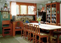 The dining room at Carl Larsson Gården, the home of a well known Swedish artist home in Sundborn, near Falun Carl Larsson, Swedish Decor, Swedish Style, Swedish House, Swedish Interiors, Scandinavian Interior, Scandinavian Design, Scandinavian Kitchen, Casas Magnolia