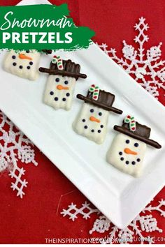 Click the link below to download the recipe for this yummy and easy to prepare Snowman Pretzel Christmas Treats. #christmasrecipes #christmas #recipes #pretzels #desserts #easyfoodideas #dessertideas #christmasfoodideas #christmasfoodtreats Christmas Recipes For Kids, Edible Christmas Gifts, Christmas Food Treats, Christmas Side Dishes, Christmas Desserts, Simple Christmas, Christmas 2016, Quick Dessert Recipes, Easy Desserts