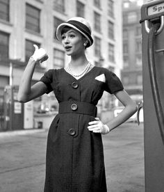 Hitching a ride in timelessly elegant late 50s style. #vintage #retro #1950s #fashion #hat