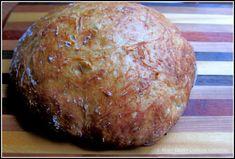 An easy, no-knead, Dutch oven crusty bread recipe. 4 Ingredients. So easy you'll never buy bread again! #homemadebread #crustybread #dutchovenbread Artisan Bread Recipes, Dutch Oven Recipes, Easy Bread Recipes, Baking Recipes, Meal Recipes, Chicken Recipes, Dough Ingredients, Cooking Ingredients, Hard Bread