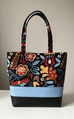 17 216 KB) - Purses Bags and so - Bolsas Patchwork Bags, Quilted Bag, Diy Bags Purses, Purses And Handbags, Sew Bags, Bag Quilt, Diy Tote Bag, Tote Bags, Handmade Purses