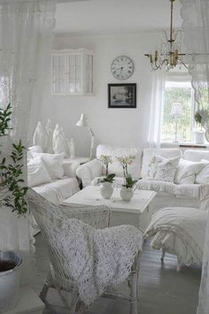 Pin by Madie Rohbock Russo on Home decor.   Pinterest
