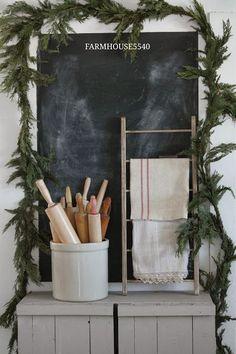 FARMHOUSE 5540: Crock of Rolling Pins w/ Chalkboard & Linens