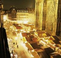 Marché de Noël Place de la Cathédrale - #Strasbourg