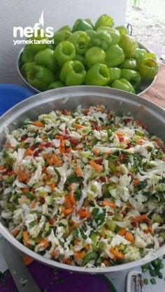 In Stuffed Pepper (Pickle) - Hannah Gilbert Pickled Vegetables Recipe, Turkish Recipes, Ethnic Recipes, Romanian Food, Salad Recipes, Snack Recipes, Breakfast Items, Fermented Foods, Vegetable Recipes