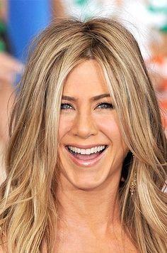 New Hair Cuts Blonde Jennifer Aniston Ideas Jennifer Aniston Hair Color, Jennifer Aniston Pictures, Jenifer Aniston, Hair Color Highlights, Blonde Color, Blonde Haircuts, Hair Color Techniques, Short Hair Cuts, Hair Trends