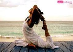 Resultado de imagen de frases positivas con imagenes de yoga