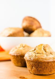 These pumpkin spice muffins are very easy to make, have low sugar, and are perfect for brunch with your little one. There's a slight spice that reminds you of fall with the flavor that everyone has come to love this time of year. Pumpkin Spice Muffins, Pumpkin Spice Cake, Best Pumpkin, Easy Desserts, Delicious Desserts, Dessert Recipes, Yummy Food, Dessert Ideas, Gourmet Breakfast