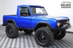 This is just the right edition of a Old Ford Trucks, Ford 4x4, Lifted Trucks, Cool Trucks, Pickup Trucks, Cool Cars, Old Ford Bronco, Early Bronco, Bronco Truck