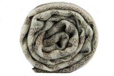 Magnifique écharpe 100% pure laine cachemire haut de gamme.