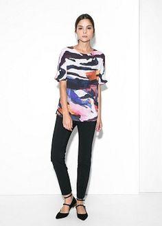 Printed flowy blouse