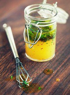 Blog_Super Flexible Kombucha Salad Dressing_Julie