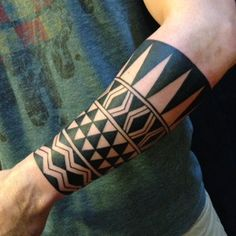 Polynesian arm cuff - Chris Higgins / Into You