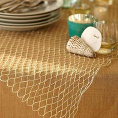 Bananakraft rope net table spread