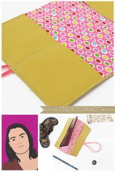 porte passeport cuir Self Promo, Artisanal, Passport, Handmade Items, Goodies, Card Holder, Etsy, Gift Ideas, Friends