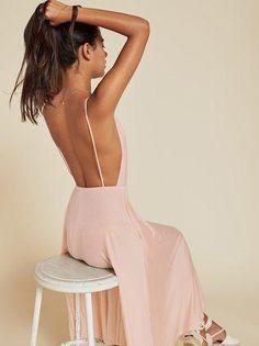 Outfits con escote en la espalda ideales para primavera-verano | Belleza