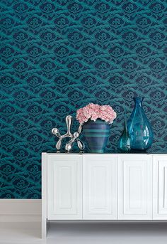 Celerie Kemble debut wallpaper collec tion for Schumacher via STYLEBEAT.  Pattern is Cirrus Clouds in Plume