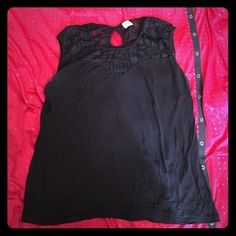 Black Top Black short sleeve top. Worn a few times, just hanging in my closet. Should go to another home  It has a see through material on the top which is really cute! I ripped the tag off but it is a size 2X. Has a small hole opening on the back for design  it's nicely fitted too if you are a true 2X Tops Blouses