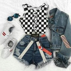 Ready for the race. Black and white checkered top Roupas do meu estilo Teen Fashion Outfits, Edgy Outfits, Mode Outfits, Cute Casual Outfits, Outfits For Teens, Ootd Fashion, Fashion Pics, Luxury Fashion, Girl Outfits