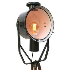 tripod martha xl blauw | Verlichting | 360volt. De grootste collectie oude originele industrielampen. Gespecialiseerd in fabrieks-, emaille en de industriele lampen.