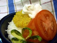 CURRIED LENTILS & RICE - LUNCH/ DINNER http://foodstoragemadeeasy.net/2011/04/30/shelf-stable-recipes-curried-lentils-rice/