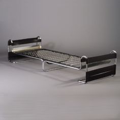 Marcel Breuer Attributed, Chromed Metal and Leather Daybed, c1940.