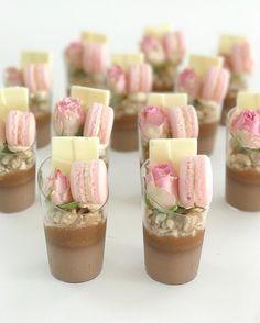 "Polubienia: 690, komentarze: 8 – Perth Wedding cakes (@my_petite_sweets_perth) na Instagramie: ""#perthdesserttables#perthparties #perthcreatives#perthblogger #perthisok #perthfood…"""