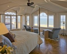 Peaceful room with ocean view...