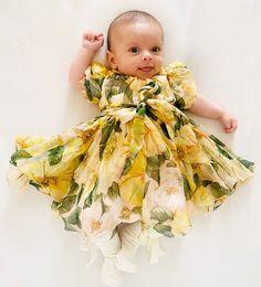 Girls Dresses, Flower Girl Dresses, Baby Feet, Wedding Dresses, Instagram, Fashion, Dresses Of Girls, Bride Dresses, Moda