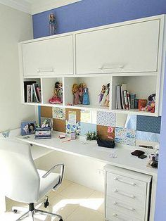 You won't mind getting work done with a home office like one of these. See these 20 inspiring photos for the best decorating and office design ideas for your home office, office furniture, home office ideas Home Office Space, Bedroom Office, Home Office Design, Home Office Decor, Bedroom Decor, House Design, Home Decor, Office Desks, Office Chairs