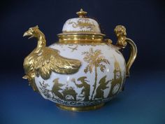 Meissen-Teapot-with-Gilded-decoration-and-eagle-spout