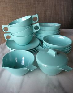 Sans tea cups and saucers.
