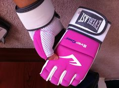 #Everlast #MMA women's gloves
