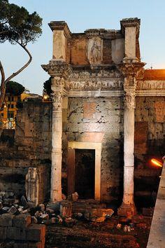 Trajan's Market, Rome http://www.stopsleepgo.com/vacation-rentals/rome/rome/province-of-rome/lazio/italy