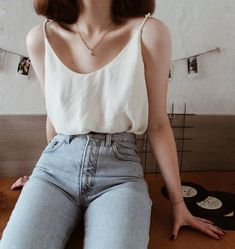 Crepe silk camisole Scoop-neck silk cami top womens Classic simple silk top Sleeveless vest tank shi Source by bumblemyass outfit Mode Outfits, Grunge Outfits, Casual Outfits, Fashion Outfits, Elegant Summer Outfits, Girly Outfits, Fashion Ideas, Grunge Look, Grunge Style