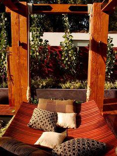 love this natural hammock bed