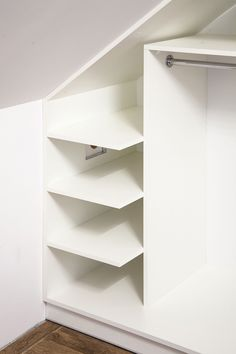 Attic Bedroom Storage, Attic Rooms, Closet Bedroom, Bedroom Decor, Wooden Toy Boxes, Ikea Mirror, Kitchen Wall Clocks, Comfy Bedroom, Luxury Kitchens