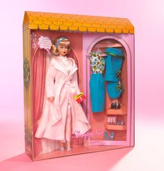 2007 / Sleepytime Gal Barbie Doll (featuring Repro Reproduction of Vintage Fashions 1966 Sleepytime Gal 1674 AND 1965 Fashion Editor Vintage Barbie, Vintage Dolls, Barbie Website, Turquoise Dress, Barbie Dream House, Doll Shop, Retro Hairstyles, Barbie Collector, Green Satin
