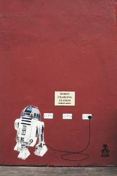 star wars robot street art graffiti K-Nguyens photo blog: Im still loving London