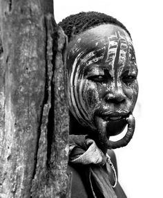 Africa | Mursi woman, without her lip plate in. Mago National Park, Ethiopia | ©Davide Cornelli